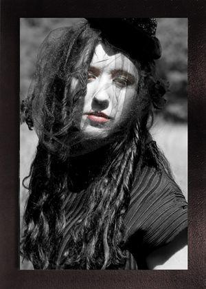 Black_01.jpg